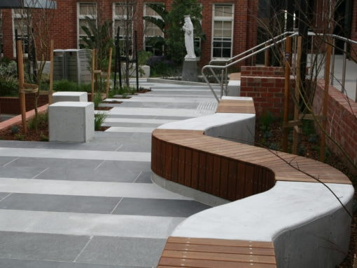 Porta Cumaru creates a beautiful common area for Bentleigh school students